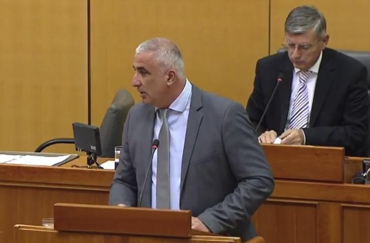 Mladen Mađer, Bandićev saborski zastupnik