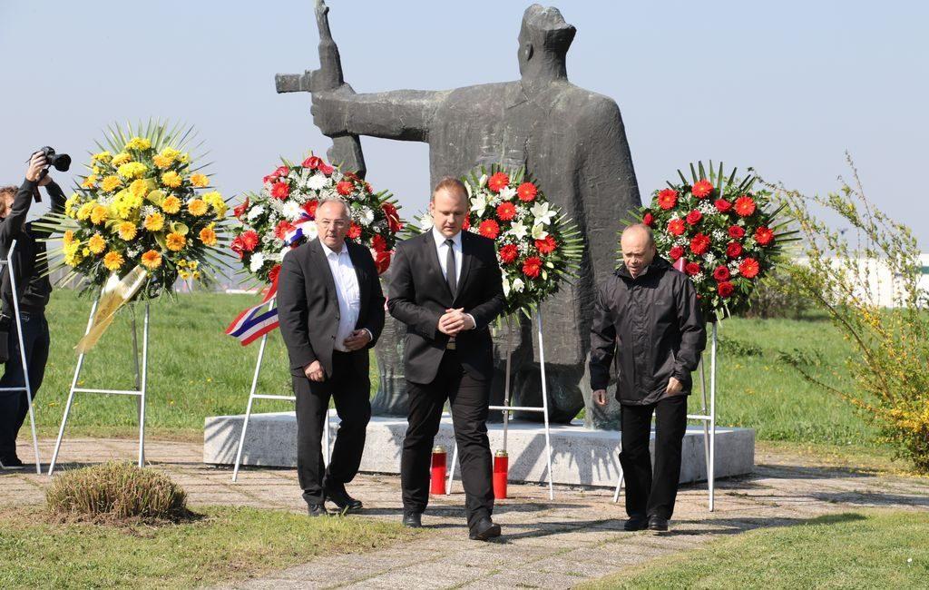 Partizanski spomenik na Danici - Josip Juratović, Mišel Jakšić i Ivan Pal