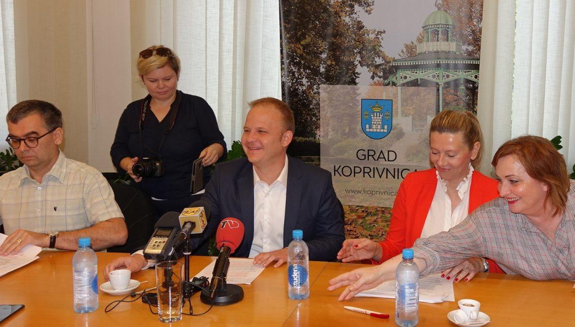 Grad bez prireza i najpovoljniji za ulaganje - gradonačelnik Koprivnice sa suradnicima