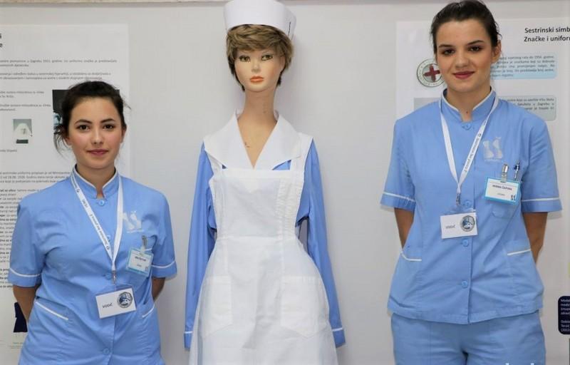 Učenice škole sestrinstva u Koprivnici