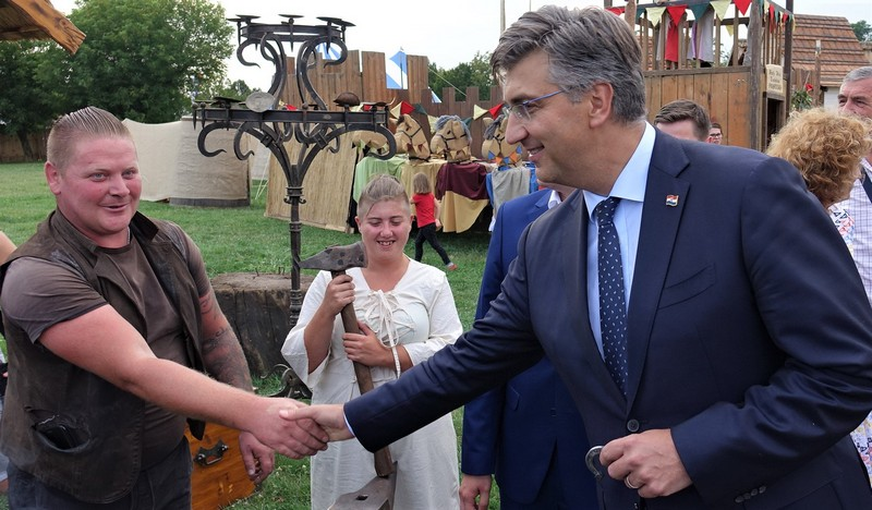 Premijer Andrej Plenković na Renesansnom festivalu u Koprivnici