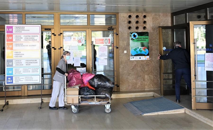 Bolnica u Koprivnici zatvorila ulaz za sve pacijente zbog straha od koronavirusa