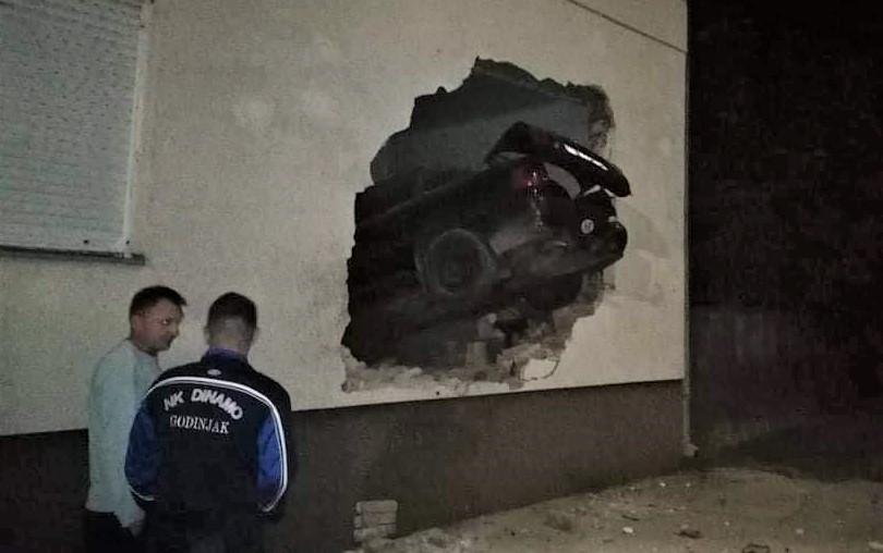 prometna nesreća u novoj gradišci, zabio se u zid i poginuo